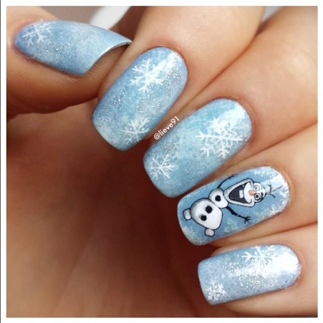 Blue Winter Manicure Nail Design Ideas