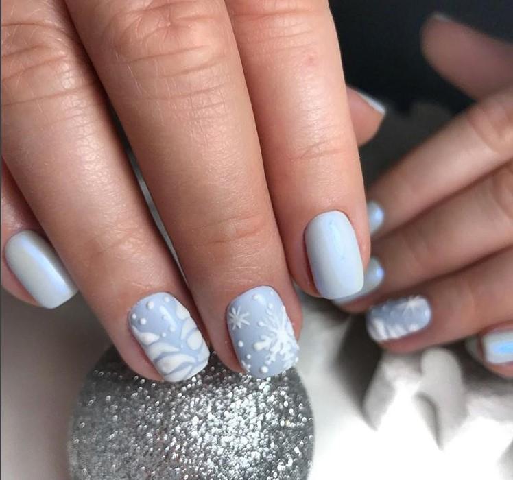 Winter Manicure Nail Design Ideas