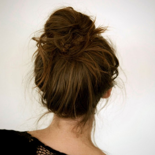4 comfortable hairstyles that harm your hair