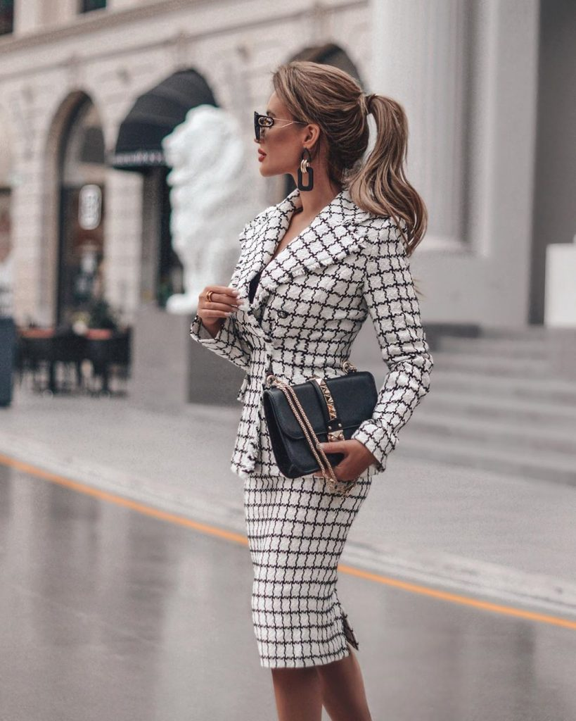 Classic style 2020-2021: stunning looks for elegant ladies (+20 photos)